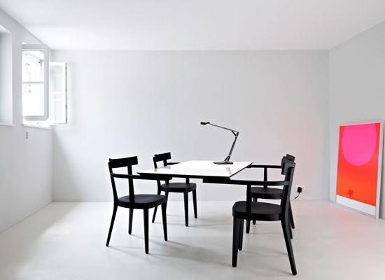 Floating Table; für Ingo Maurer GmbH